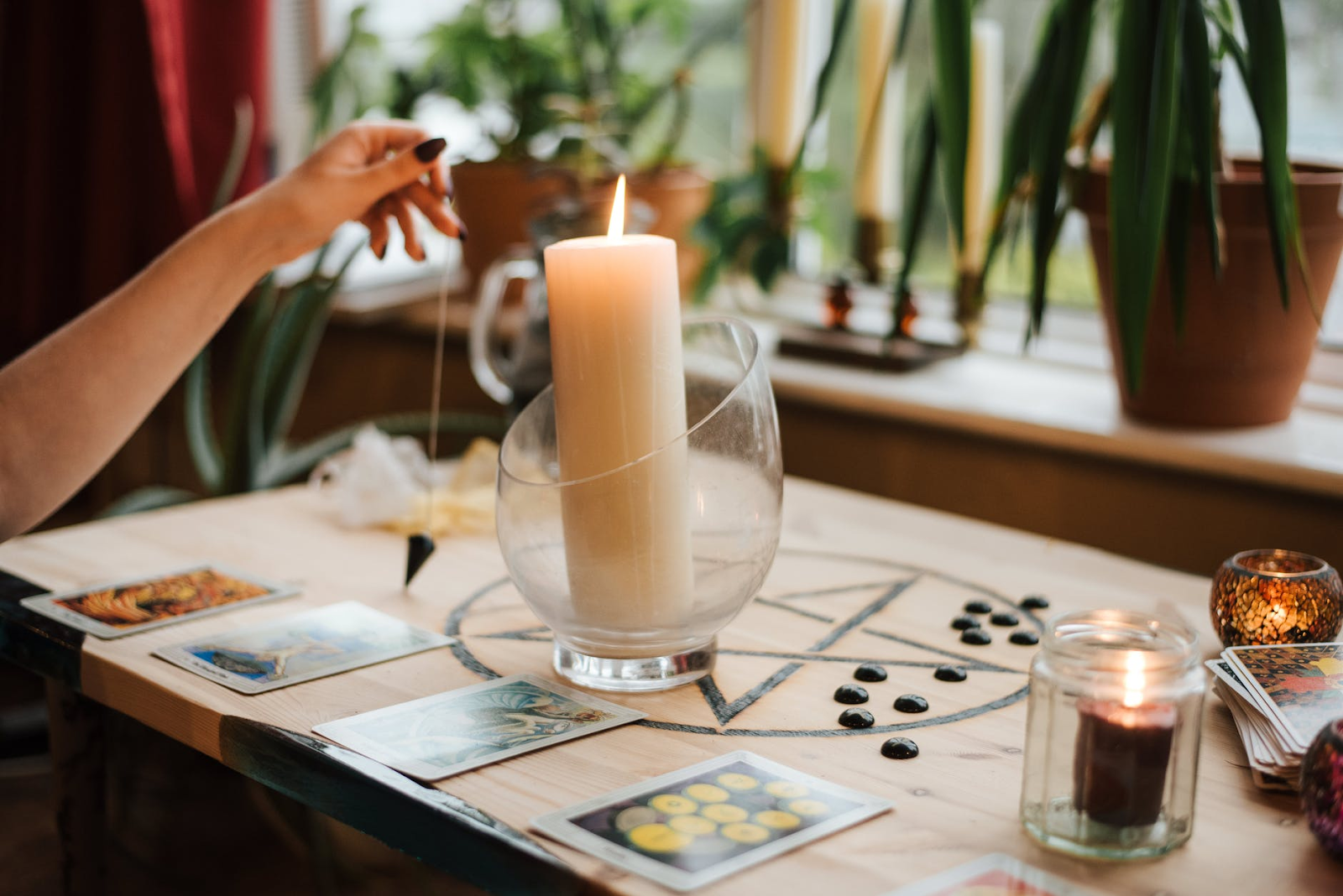 2021 FREE TAROT READING GUIDE | 10 BEST FREE TAROT READING SITES